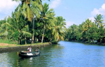 5N/6D Deluxe Kerala Package