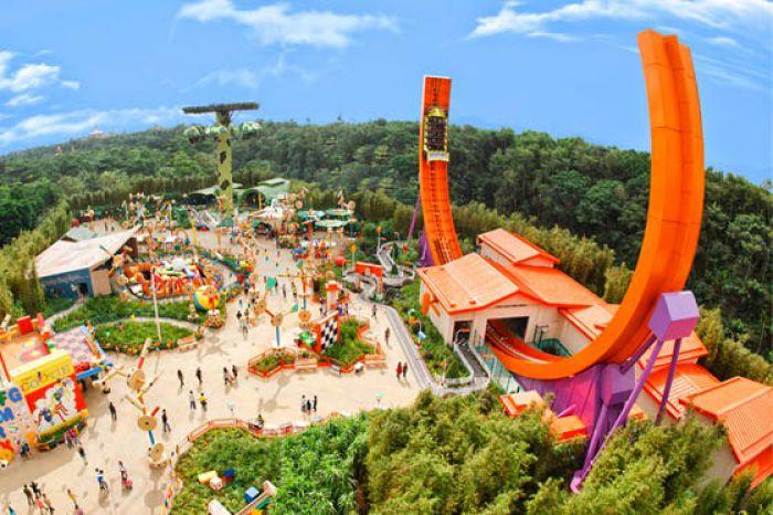 Disney with Hong kong with Macau
