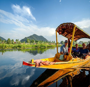 Romantic Holidays in Kashmir