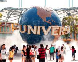<p>After a scrumptious breakfast, enjoy the day at leisure or visit Universal Studios. You can also visit Hollywood Boulevard and Walk of Fame. After a fun-filled day, enjoy a comfortable overnight stay at the hotel.</p>